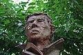 Buste Jacques Brel.jpg