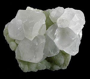 Prehnite - Image: Calcite Prehnite 188139