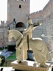 Statue of Cangrande della Scala