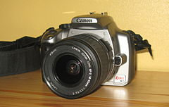 Canon EOS Digital Rebel XT 350D front kit lens.jpg