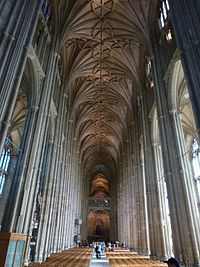 Canterbury Cathedral nave.jpg