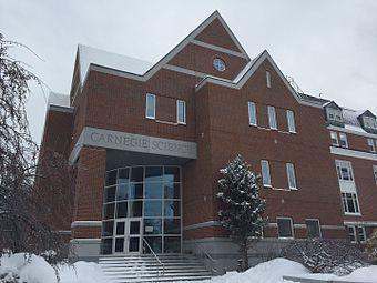 CarnegieScienceBldg