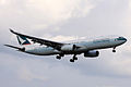 Cathay Pacific A330-300(B-HLF) (4085431401).jpg