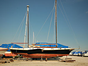 Leeboard - A modern boat fitted with leeboards, The Centennial designed by Ted Brewer in 1979