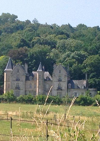 Montois Castle, Ressons-le-Long, Aisne (France)