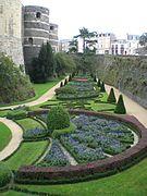 Chateau angers jardin interieur multiple.jpg