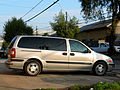 Chevrolet Venture LS 2005 (14446376312).jpg