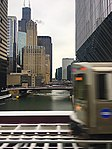Chicago city and train (40189304271).jpg