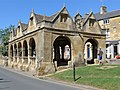 Chipping Campden Gloucestershire - Market Hall - panoramio.jpg