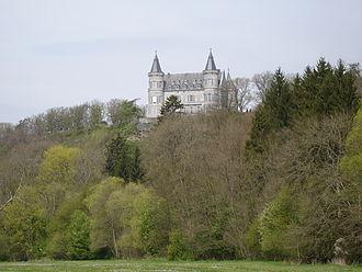 Elie Lainé - Image: Ciergnon Castle 3