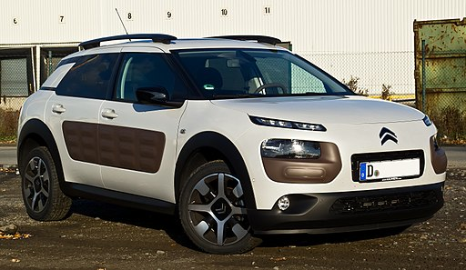 Citroën C4 Cactus BlueHDi 100 Shine Edition – Frontansicht (1), 2. November 2014, Münster