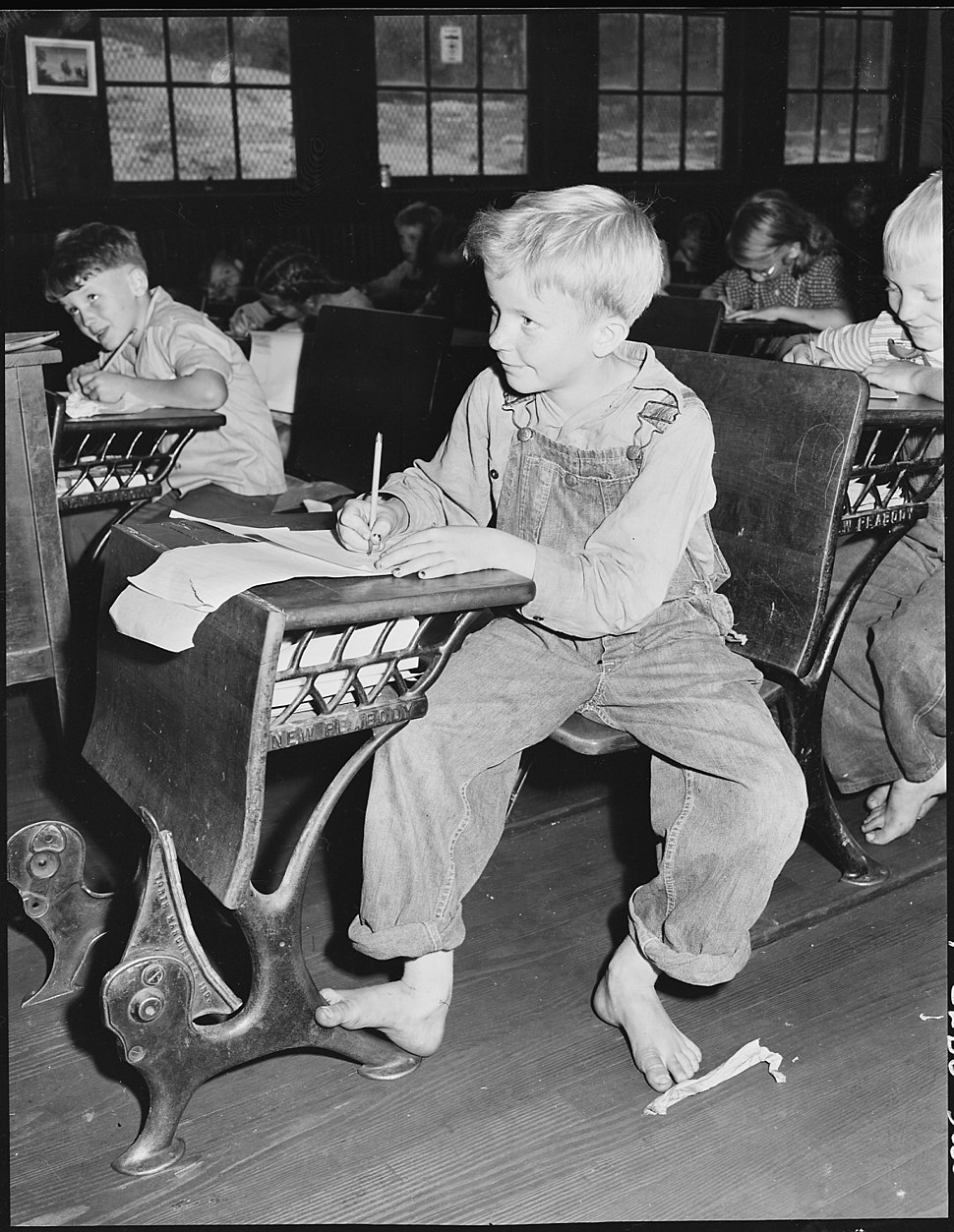 Coal miner%27s child in grade school. Lejunior, Harlan County, Kentucky. - NARA - 541367.jpg