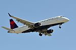 Compass Airlines, Embraer ERJ-175LR, N633CZ - LAX (18240186798).jpg