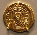 Costantinopoli, solido di tiberio II, 574-582.jpg