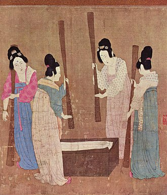 Emperor Huizong of Song - Image: Court ladies pounding silk from a painting (捣练图) by Emperor Huizong