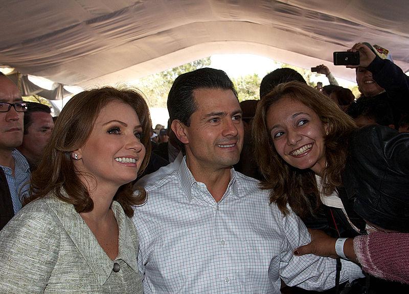 File:Cruzada Nacional Contra el Hambre. (8403161913).jpg