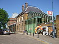 Crystal Palace stn building May2010.JPG