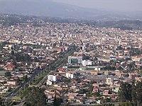 Panoramvido de Cuenca, Ekvadoro, de Turi-areo