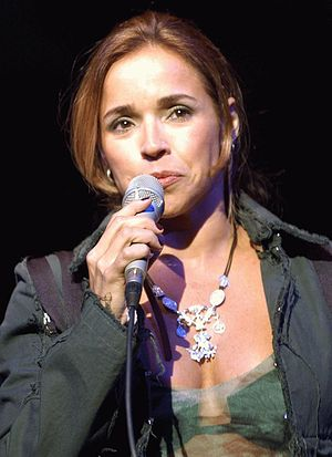 Daniela Mercury - Mercury performing in the concert Solidariedade Brasil-Noruega on October 7, 2003 in Teatro Nacional, Brasília