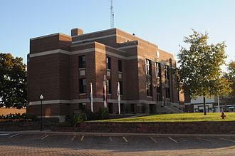 Maysville, Missouri - Image: De Kalb County Missouri Courthouse (Southwest View)