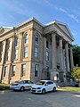 Dearborn County Courthouse, Lawrenceburg, IN (48370083496).jpg