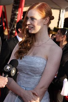 Deborah Ann Woll at the 2010 SAG Awards.jpg