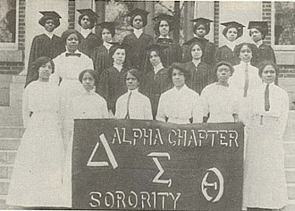 Delta Sigma Theta - The twenty-two founders in 1913