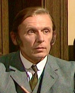 Alan Dobie - Alan Dobie as Sgt Cribb