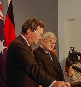 Alexander Downer - Downer with former German Foreign Minister Joschka Fischer at Parliament House, Canberra, February 2005