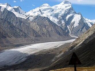 Pensi La - Drang Drung glacier seen from the Pensi La pass