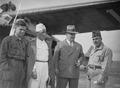 ETH-BIB-In Cartagena empfängt uns der deutsche Konsul Fricke auf dem Flugplatz Los Alcazarés-Tschadseeflug 1930-31-LBS MH02-08-0207.tif