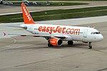 EasyJet, G-EZTV, Airbus A320-214 (28436239086).jpg