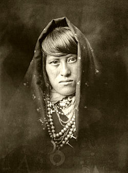 Edward S. Curtis Collection People 055.jpg
