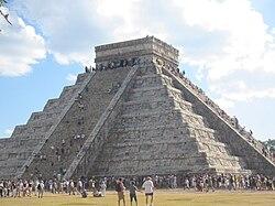 El Castillo, Chichén Itzá.jpg