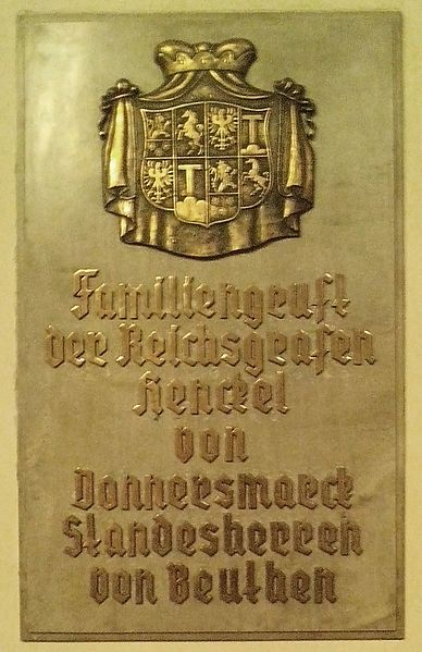 File:Epitafium-Donnersmarck.jpg