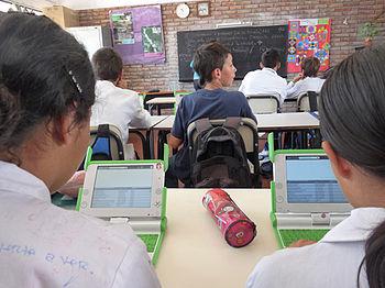 Estudiantes con XO