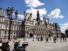 Facade of H%C3%B4tel de Ville de Paris - 2012