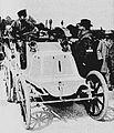 Fernand Charron, premier de Paris-Amsterdam-Paris en 1898, sur Panhard.jpg