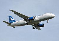 Finnair a320-200 oh-lxd lands london heathrow arp.jpg