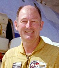 Fitzhugh Fulton NASA Research Pilot.jpg