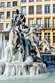Fontaine de Bartholdi sous la glace.jpg