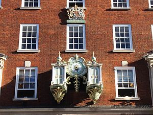 Fortnum & Mason - The mechanical clock on the main facade