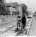 Fotothek df ps 0000235 002 Deckenschlußarbeiten beim Straßenbahngleisbau in der.jpg