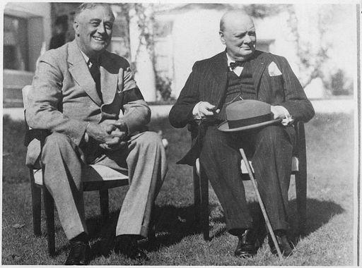 Franklin D. Roosevelt and Churchill in Casablanca - NARA - 196991