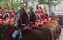 French Republican Guard cavalry fanfare DSC03125.JPG