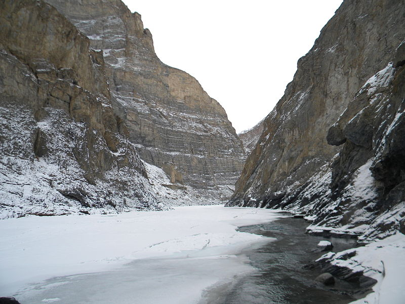 File:Frozen Zanskar River.JPG