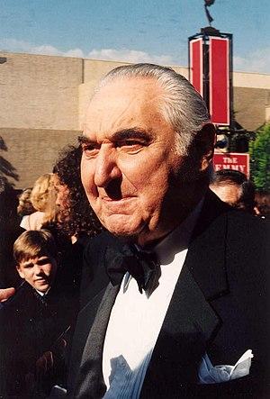 Fyvush Finkel - Finkel on the red carpet at the 1994 Emmys