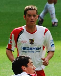 Gary Mills (footballer, born 1981) English footballer