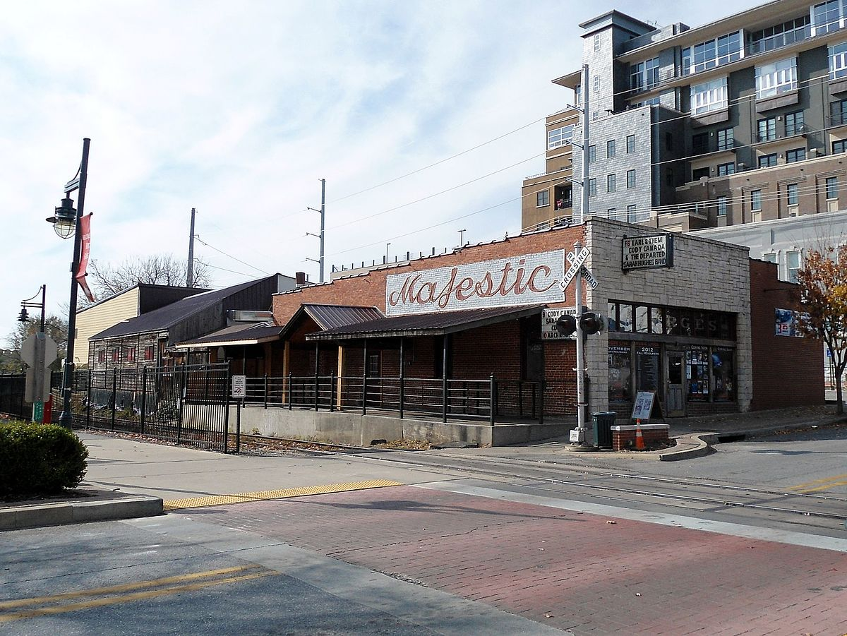 George's Majestic Lounge, Fayetteville, Arkansas.jpg