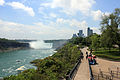 Gfp-canada-niagara-falls-falls-and-walkway.jpg